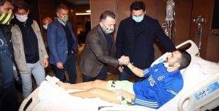 Fenerbahçe'den Harun Tekin'e moral ziyareti