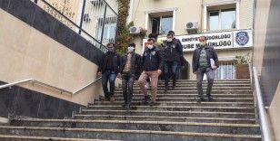 Fatih'teki cinayetin zanlıları adliyeye sevk edildi
