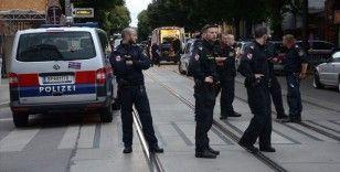 Avusturya'da terör bahanesiyle gözaltına alınan Müslümanlara polisin sorduğu sorular tepki çekti