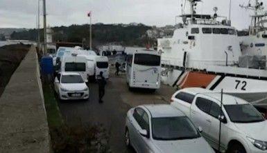 İçerisinde 112 kişi olduğu belirlenen göçmen teknesi yakalandı