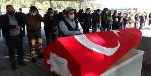 Kazada hayatını kaybeden polis memuru toprağa verildi