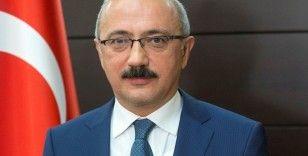 """Hazine ve Maliye Bakanı Lütfi Elvan: """"Makroekonomik, finansal ve fiyat istikrara çok önem veriyoruz"""""""
