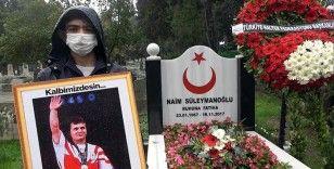 Naim Süleymanoğlu vefatının 3. yılında kabri başında anıldı