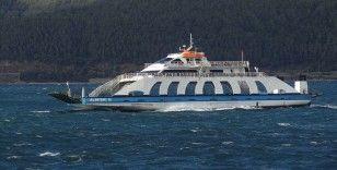 Güney Marmara'da feribot seferlerine fırtına engeli