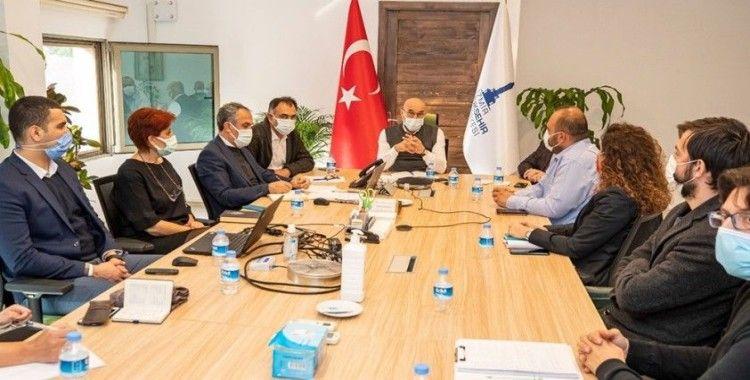 Depremle mücadelede öncelikli 4 adımı, Başkan Soyer açıkladı
