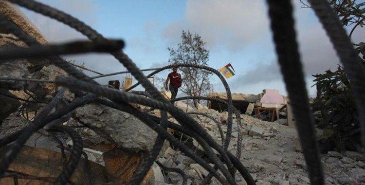İsrail güçleri Batı Şeria'da Filistinlilere ait yapıları yıktı