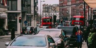 İngiltere 2030'da benzinli ve dizel araç satışını yasaklayacak