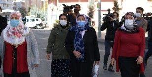 HDP önündeki ailelerin çığlığı büyüyor, eyleme katımlar devam ediyor