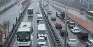 D-100 kara yolunun Kocaeli kesimi şehirlerarası yolcu taşımacılığına kapatıldı