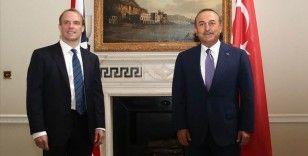 Bakan Çavuşoğlu, İngiliz mevkidaşı Raab ile telefonda görüştü