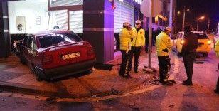 Bolu'da 2 otomobilin karıştığı kazada koronavirüs tedbiri faciayı önledi