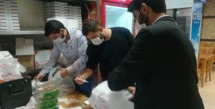 İzmir'de restoranlarda paket servisi yoğunluğu