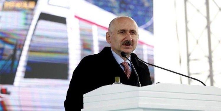 Ulaştırma ve Altyapı Bakanı Karaismailoğlu: Konvansiyonel hat uzunluğumuzu 11 bin 590 kilometreye çıkardık