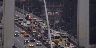 15 Temmuz Şehitler Köprüsü'nde 2 kişi intihara kalkıştı
