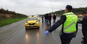 Araçlar durdurulup sürücüler korona virüs kurallarına karşı uyarıldı