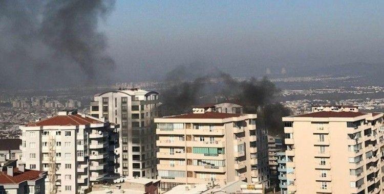 Bursa'da apartmanda çıkan yangında can pazarı yaşandı
