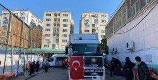 İzmir'de 110 bin kişiye sıcak yemek dağıtıldı