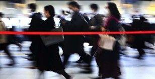 Japonya'da Kovid-19'dan ölümler 2 bini geçti, iç turizm destekleri askıya alınabilir