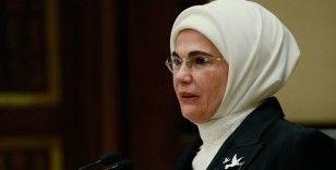 Emine Erdoğan: Ne olur insanlık onurunu reytinge kurban etmeyelim
