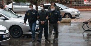 Kırmızı bültenle aranırken Gaziantep'te yakalanan FETÖ zanlısı adliyeye sevk edildi