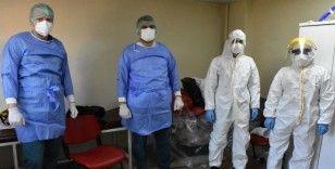 'Sağlık ordusu' koronavirüsün izini sürüyor