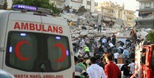 AFAD: İzmir'deki depremin ardından 2 kişinin tedavisi sürüyor