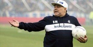 Maradona'nın vefatı İtalyan basınında geniş yer buldu