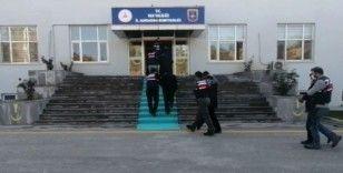 Van'da terör operasyonu: 3'ü muhtar, biri korucu başı 8 gözaltı