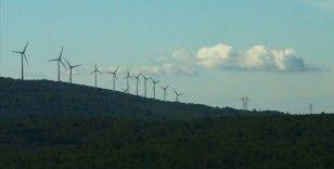 Rüzgardan elektrik üretimi, ilk kez tüm yenilenebilir kaynakların toplamını geçti