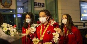 Avrupa şampiyonu Kadın Ritmik Cimnastik Grup Milli Takımı yurda döndü