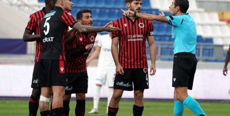 Süper Lig: Kasımpaşa: 2 - Gençlerbirliği: 0 (İlk yarı)