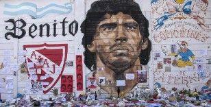Hayranlarının gözünde tarihin en iyi futbolcusu: Maradona
