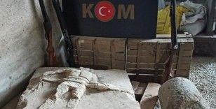 Köy evinden gladyatör steli çıktı