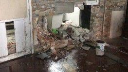 Esenyurt'ta şüpheliyi kovalayan polis, iş yerinin duvarına çarptı