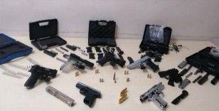 Kurusıkı tabancaları gerçek tabancaya çeviren 1 şüpheli yakalandı