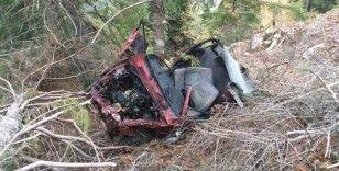 Burdur'da feci kaza: Baba ile oğul uçuruma yuvarlandı