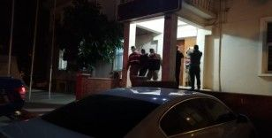 10 evden hırsızlık yapan 2 kişi tutukladı