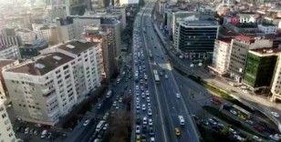 80 saatlik sokağa çıkma kısıtlaması öncesi trafik durma noktasına geldi