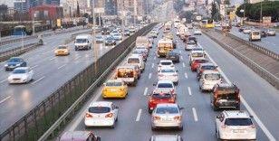 İstanbul'da kısıtlama sonrası trafikte oluşan yoğunluk sürüyor