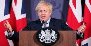 İngiltere 3. kez karantinaya giriyor