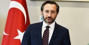 Cumhurbaşkanlığı İletişim Başkanı Altun şehit Fethi Sekin'i 'Yiğitler Destanı' türküsüyle andı