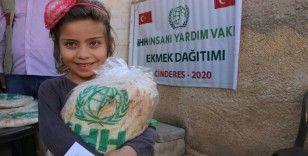 İHH Suriye'de bir yılda 153 milyon emek dağıttı