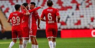 Antalyaspor, Fatih Karagümrük karşısında puan kaybı yaşamak istemiyor