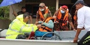 Malezya'daki sel baskınları nedeniyle tahliye edilenlerin sayısı 20 bini geçti