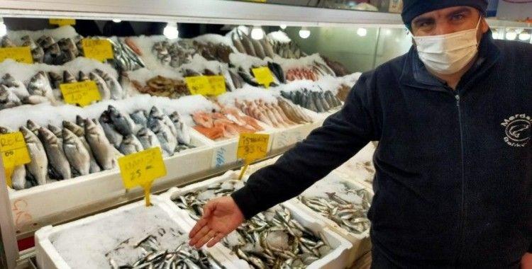 Kahramanmaraş'ta günde bir buçuk ton hamsi tüketiliyor
