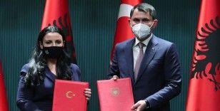 Bakan Kurum: Arnavutluk'a Çipli Elektronik Beton İzleme Sistemi kurulacak