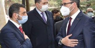Bakan Kasapoğlu: 'Birileri fitne üretecek biz onlara rağmen hizmet vermeye devam edeceğiz'