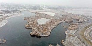Ağrı Dağı Milli Parkı kış güzelliğiyle göz kamaştırıyor