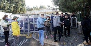 Boğaziçi Üniversitesi önündeki gösterilere ilişkin gözaltına alınan 21 kişi adliyeye sevk edildi