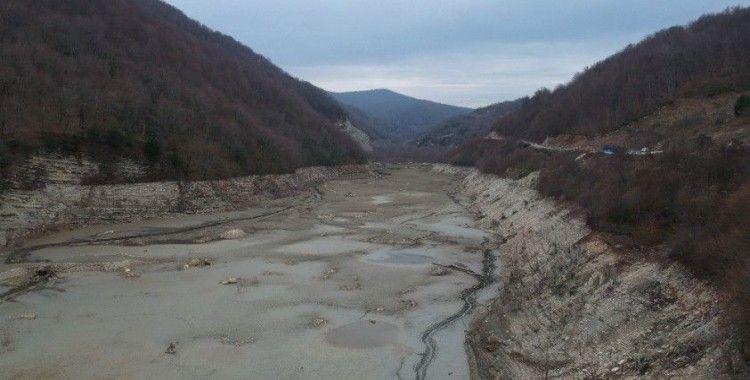 Sinop'un içme suyu barajından korkutan görüntü